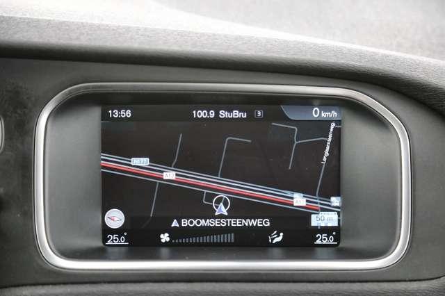 Volvo V40 Cross Country Base 2.0D2 + GPS + AIRCO + CRUISE + PDC + ALU 16 + 15/15