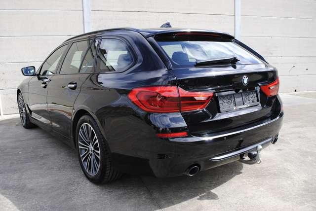 BMW 520 Da Touring. Sport Line / LED / Camera / Navi Pro 4/15