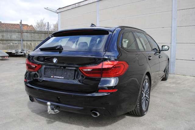BMW 520 Da Touring. Sport Line / LED / Camera / Navi Pro 6/15