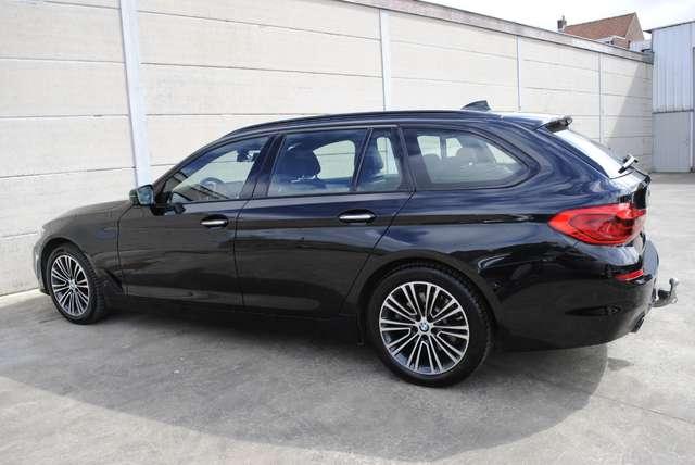 BMW 520 Da Touring. Sport Line / LED / Camera / Navi Pro 7/15