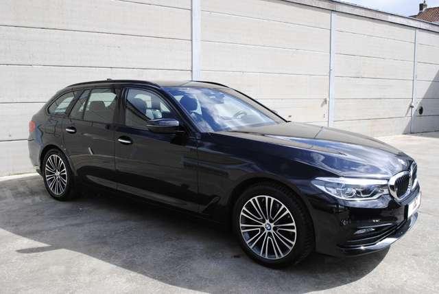 BMW 520 Da Touring. Sport Line / LED / Camera / Navi Pro 8/15