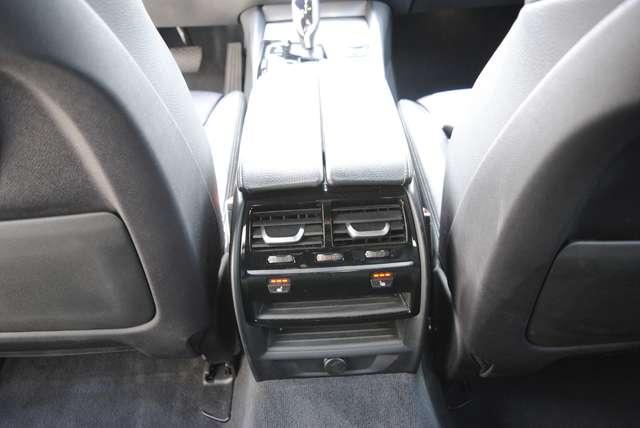 BMW 520 Da Touring. Sport Line / LED / Camera / Navi Pro 12/15
