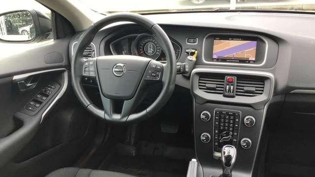 Volvo V40 T3 AUT Kinetic 7/15