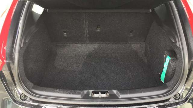 Volvo V40 T3 AUT Kinetic 9/15