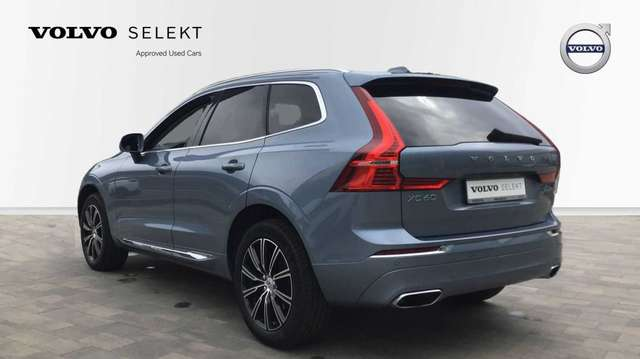 Volvo XC60 II Inscription D4 AWD Geartronic 4/15