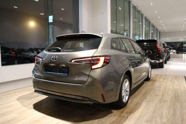 Toyota Corolla TOURING SPORTS 1.8 HYBRID DYNAMIC*SPLINTERNIEUW !! 10/15