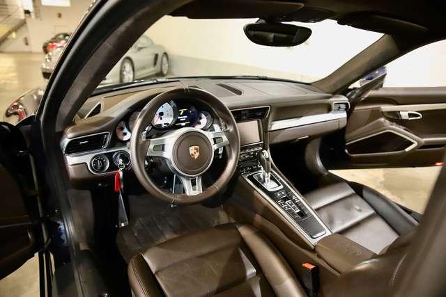 Porsche 911 991.1 Carrera 4S PDK Panorama Sunroof Full History 8/15