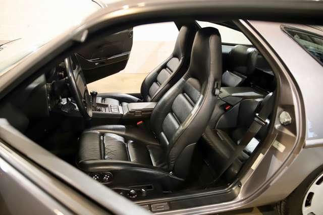 Porsche 928 S2 Carnet Porsche Complet !!!