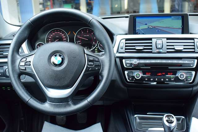 BMW Série 4 d SPORT - LEDER - NAVI PRO- XENON - HUD - PDC -ALU 8/15