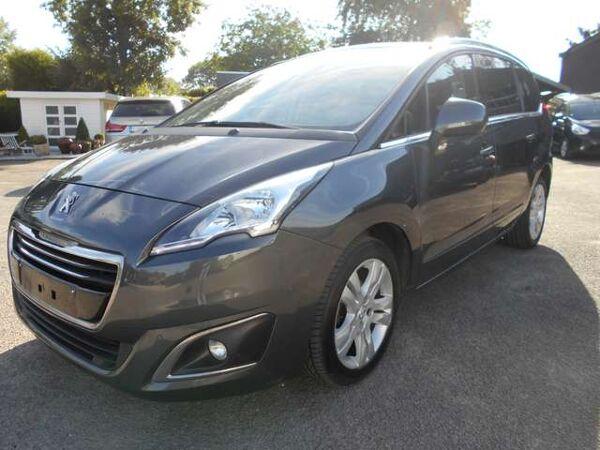 Peugeot 5008 1.6 HDi Automaat/GPS/Pano Dak/Camera/7-Zitpl
