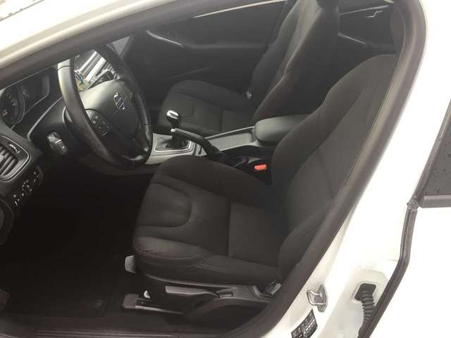 Volvo V40 Cross Country D2 KINETIC 8/13
