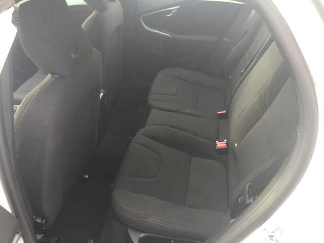 Volvo V40 Cross Country D2 KINETIC 9/13