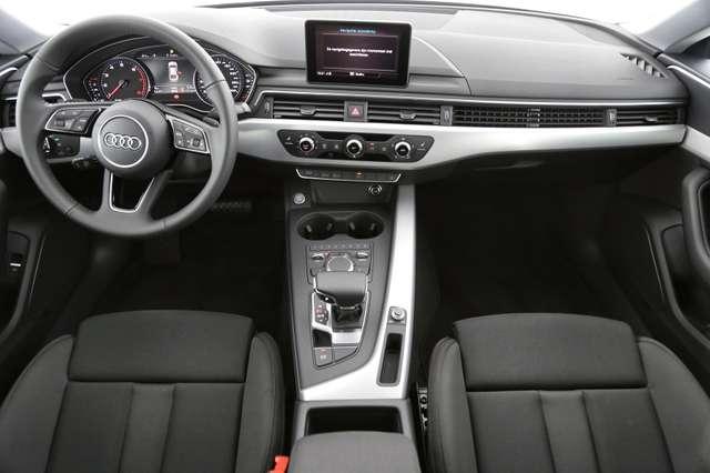 Audi A5 PRESTIGE TOUR 40 TFSI S-TRONIC + GPS + LED + PDC + 4/15
