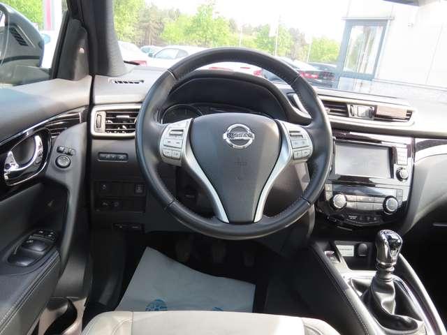 Nissan Qashqai 1.6 dCi 2WD Tekna 5/10