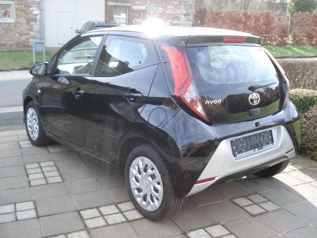 Toyota Aygo 1.0i VVT-i x-play M/M (EU6.2) 4/13