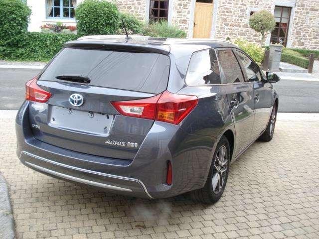 Toyota Auris 1.8i HSD Dynamic E-CVT + Toit panoramique 3/11