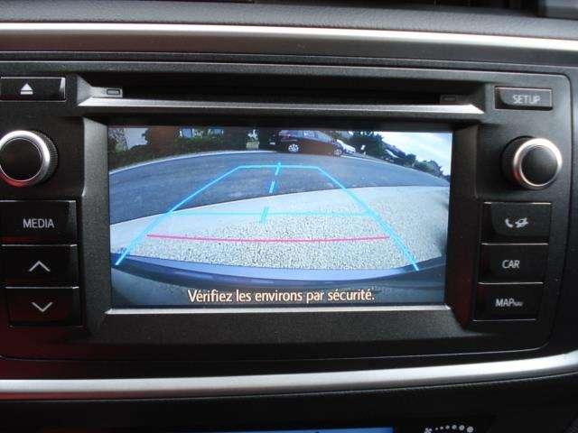 Toyota Auris 1.8i HSD Dynamic E-CVT + Toit panoramique 10/11