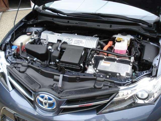 Toyota Auris 1.8i HSD Dynamic E-CVT + Toit panoramique 11/11