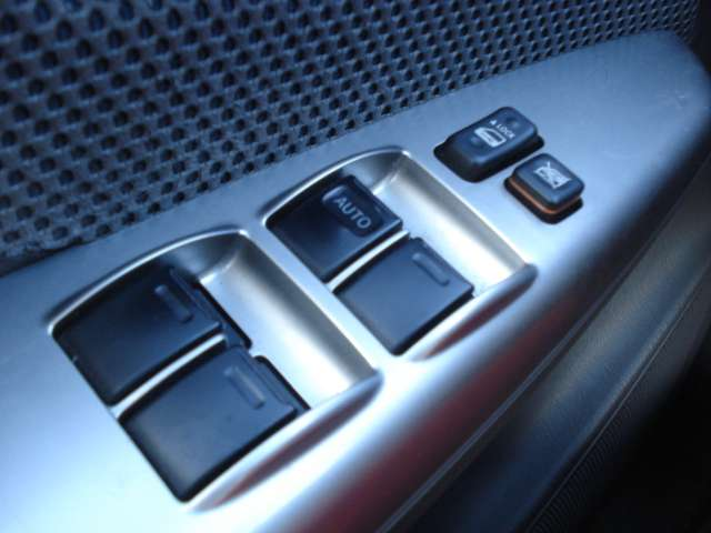 Toyota Hilux 2.5 d4d double cabine 12/15
