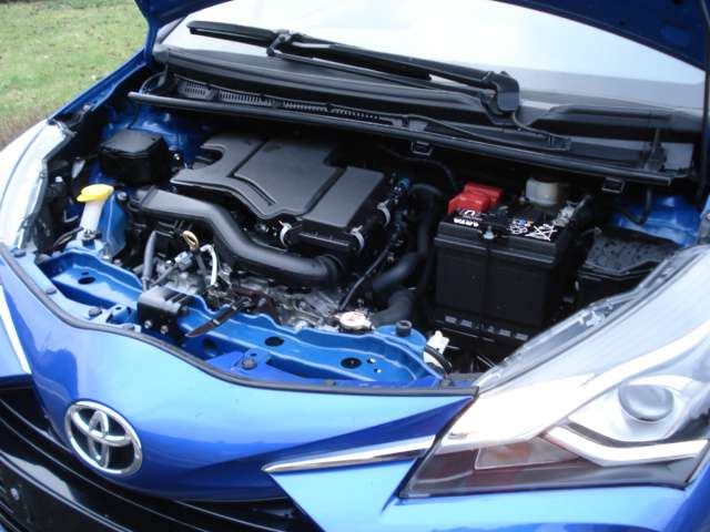 Toyota Yaris 1.0i VVT-i Y-conic 6/15