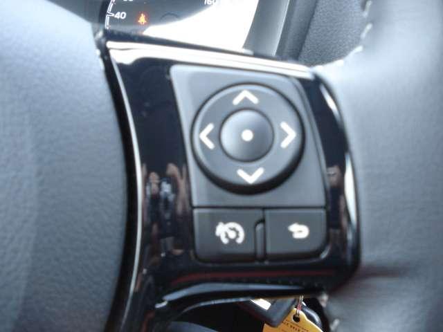 Toyota Yaris 1.0i VVT-i Y-conic 11/15