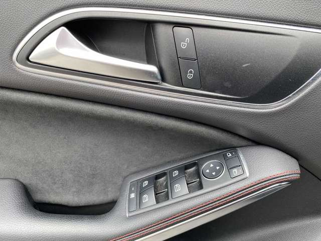 Mercedes CLA 200 d S-Brake 10/13