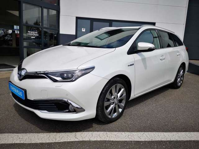 Toyota Auris Lounge 1/12