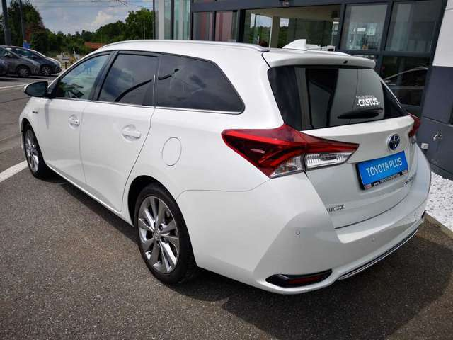 Toyota Auris Lounge 4/12