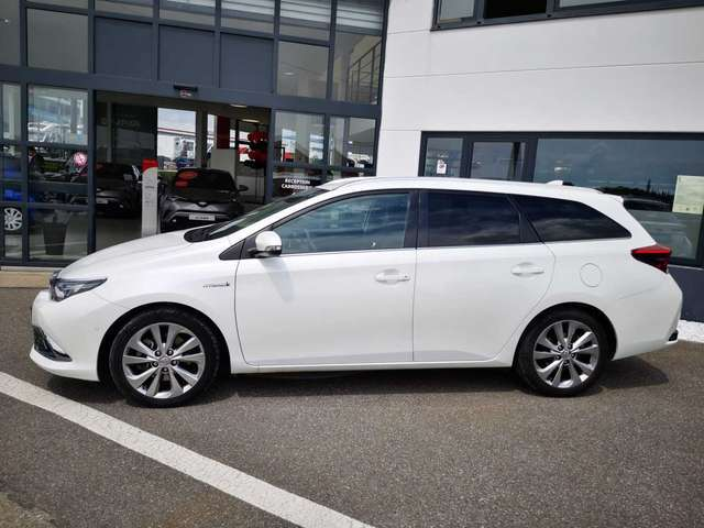 Toyota Auris Lounge 5/12