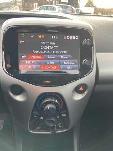 Toyota Aygo 1.0i VVT-i x-play M/M 6/6