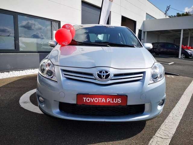 Toyota Auris Executive II 3/15