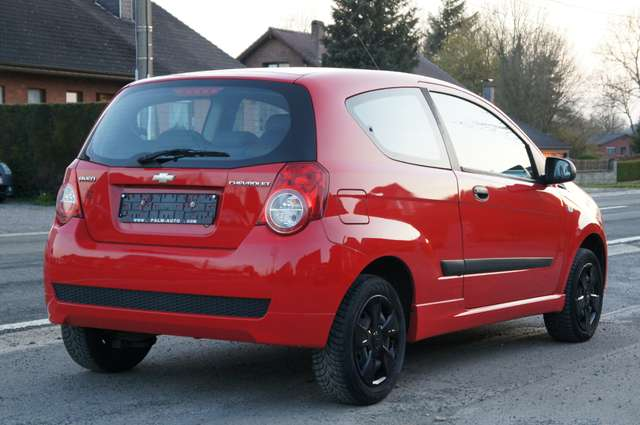Chevrolet Aveo 1.2i L 3/6
