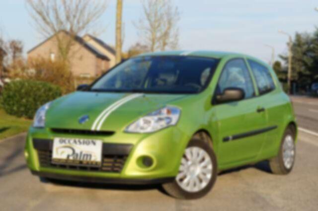 Renault Clio 1.2i Authentique