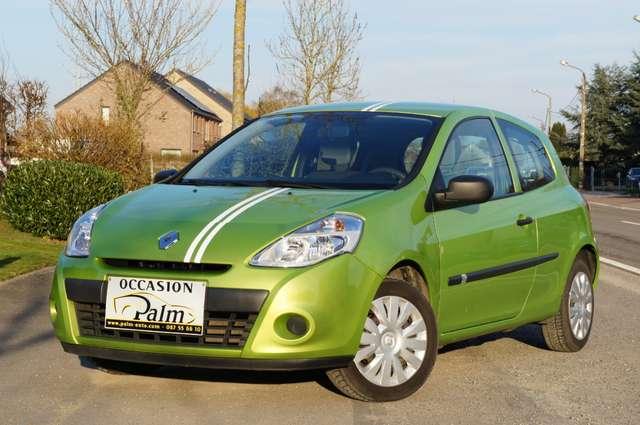 Renault Clio 1.2i Authentique 1/6