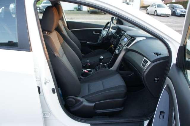 Hyundai i30 1.4i Comfort 4/5