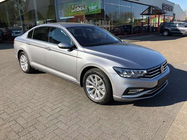 Volkswagen Passat 1.5 TSI DSG Comfortline NAVIGATIE - CAMERA !!! 2/15