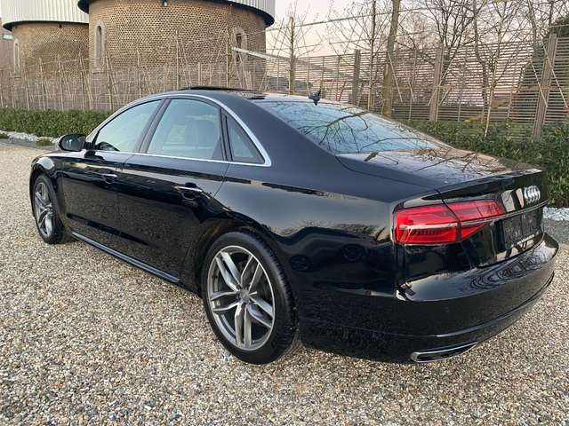 Audi A8 3.0 TDi Quattro**1er PROPRIETAIRE*TOIT OUVRANT*** 15/15