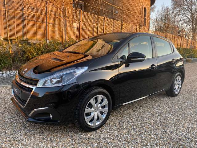 Peugeot 208 1.2i**GARANTIE 12 MOIS*1er PROPRIETAIRE*GPS** 1/14