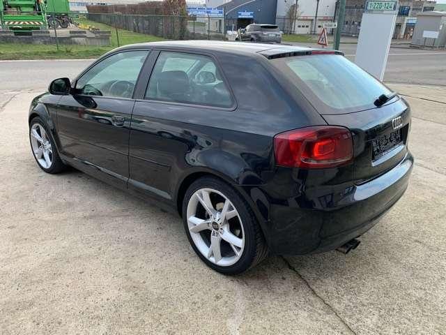 Audi A3 1.9 TDi Ambition 4/10