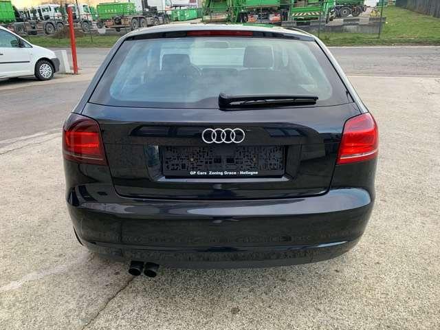Audi A3 1.9 TDi Ambition 6/10