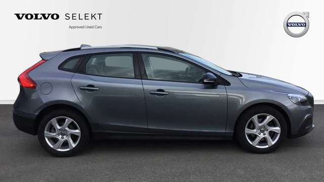 Volvo V40 Cross Country V40 CC Cross Country T4 (180) AUT Summum 2/15