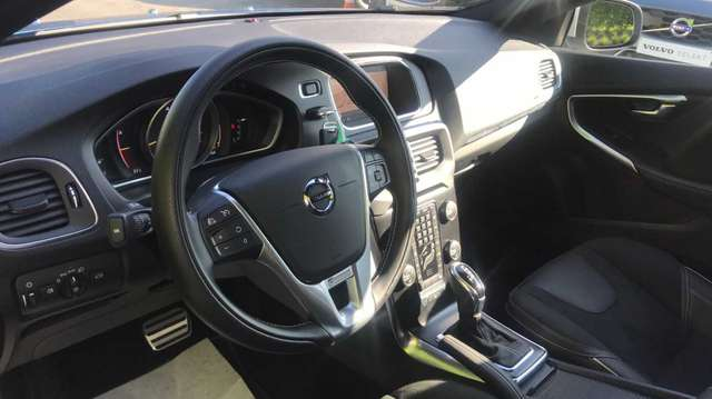 Volvo V40 Sport Edition T2 Geartronic Benzine 6/15