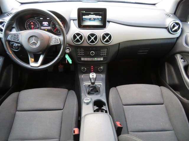 Mercedes B 180 d BE Edition 7/8