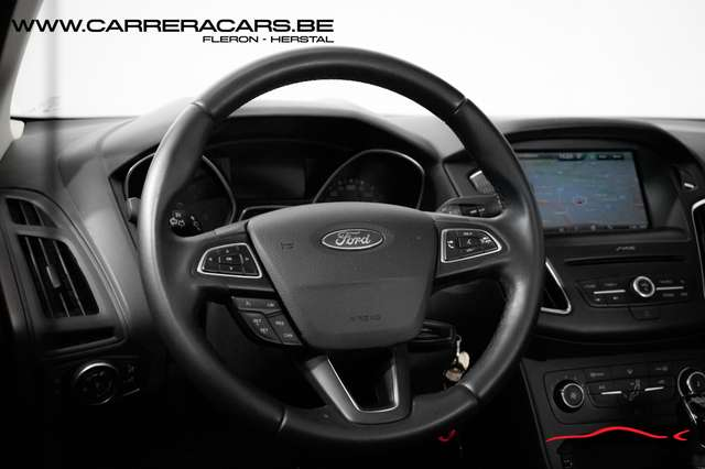 Ford Focus 1.5 TDCi ECOnetic|*NAVI*PARK ASSIST*CRUISE*AIRCO*| 8/15