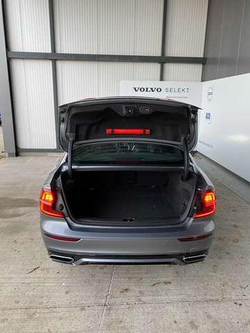 Volvo S60 III R-Design T8 Twin Engine eAWD plug-in hybride 7/12