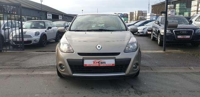 Renault Clio 1.6i Initiale**FULL OPTIONS**BOITE AUTO**70.000km 3/15