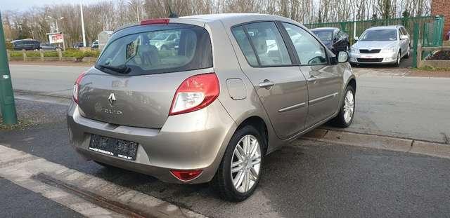 Renault Clio 1.6i Initiale**FULL OPTIONS**BOITE AUTO**70.000km 6/15