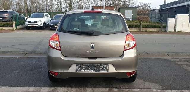 Renault Clio 1.6i Initiale**FULL OPTIONS**BOITE AUTO**70.000km 7/15