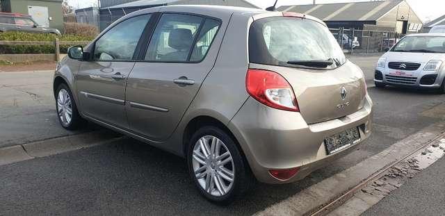 Renault Clio 1.6i Initiale**FULL OPTIONS**BOITE AUTO**70.000km 8/15