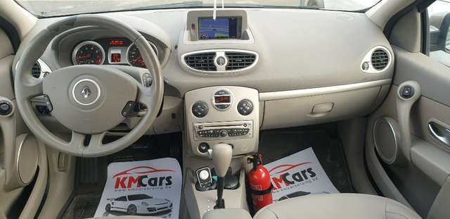 Renault Clio 1.6i Initiale**FULL OPTIONS**BOITE AUTO**70.000km 14/15